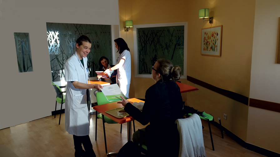 Salon des sorties, hôpital Ambroise-Paré