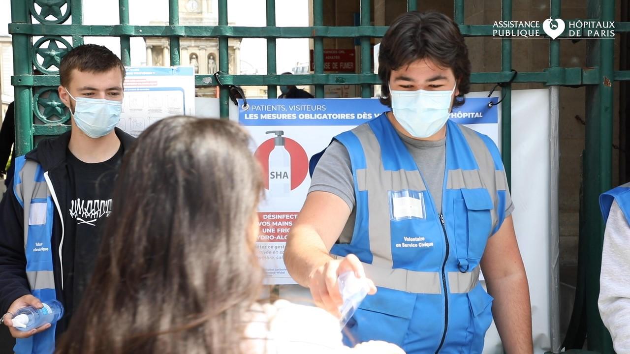 Volontaires du service civique à l'AP-HP