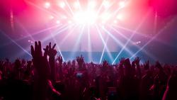 AP-HP : les premiers résultats de l'étude SPRING s'appuyant sur le concert expérimental « Ambition Live Again » démontrent l'absence de sur-risque d'infection par le SARS-CoV-2 chez les participants au concert