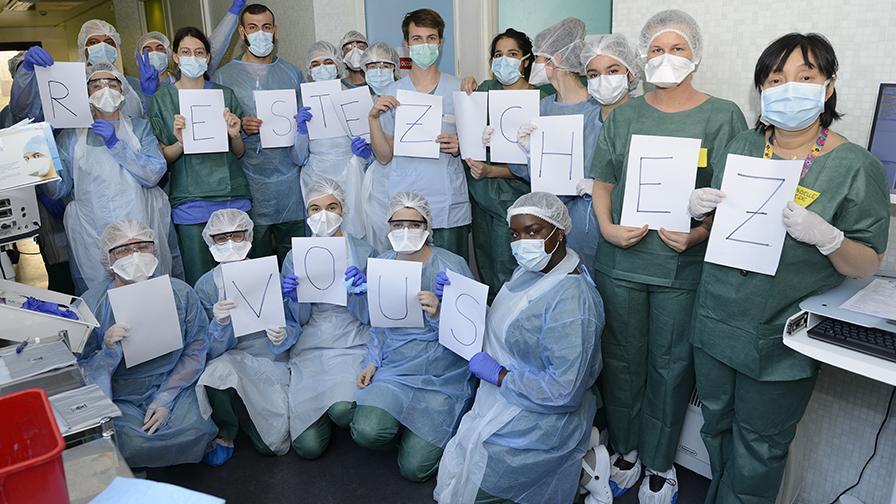 Restez chez vous : Centre de dépistage du COVID-19 à l'hôpital de l'Hôtel Dieu