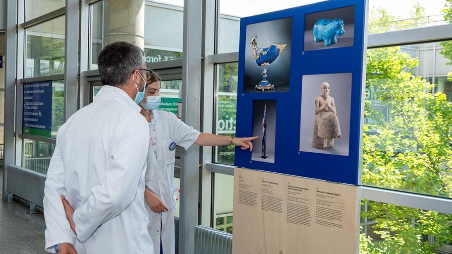 """Exposition """"La Couleur bleue"""" à l'hôpital de la Pitié Salpêtrière AP-HP"""