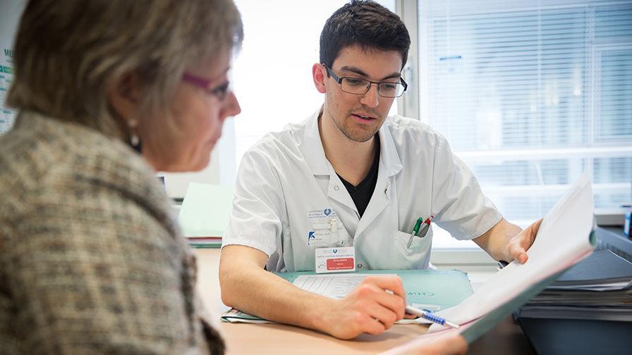 Consultation médicale à l'AP-HP